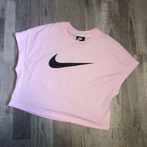 Nike - Crop T-Shirt